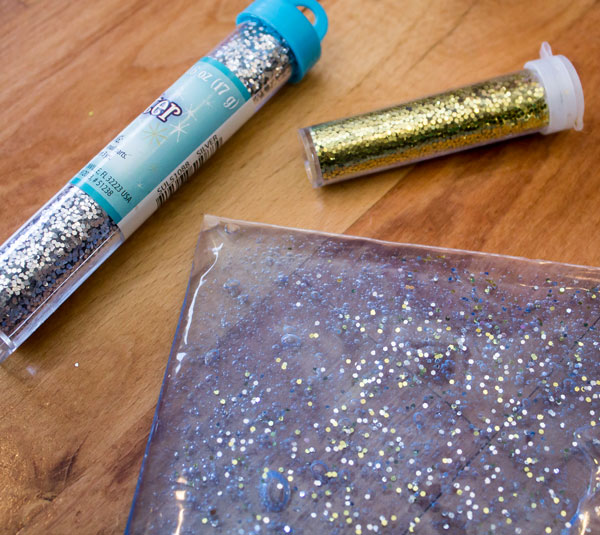 Add Some Glitter to Solar System Busy Bag