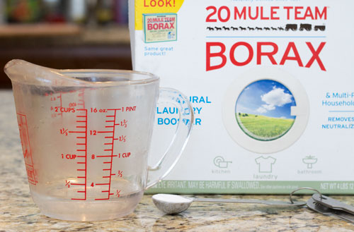 Add borax to water