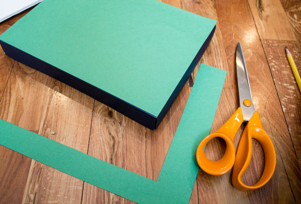 Attach Green Paper to Shoebox Lid