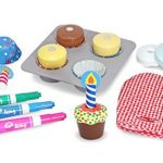 Best Gifts: Wooden Bake & Decorate Cupcake Set