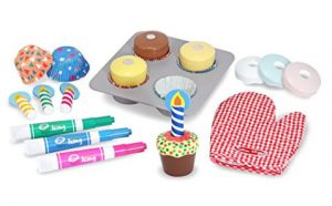 Melissa and Doug Wooden Cupcake Decorating Kit