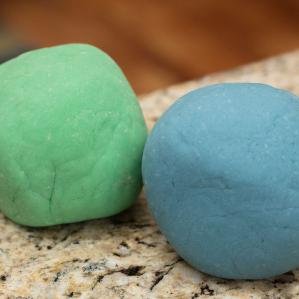 Long-Lasting Homemade Play Dough